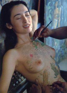 高倉美貴 ヌード写真集「South Fairy Tale」のヘアヌード画像126枚!