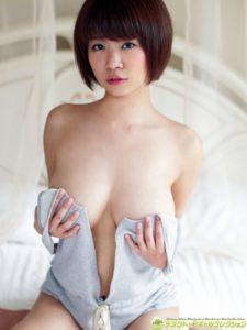菜乃花 Iカップグラドルの水着グラビア&手ブラヌードのエロ画像80枚!