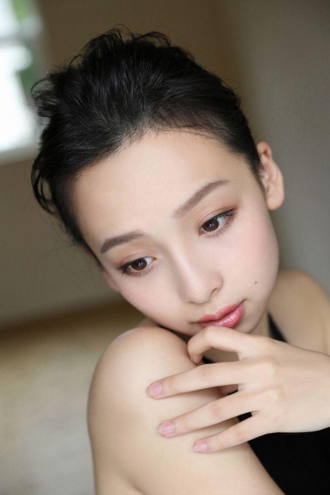 華村あすか 画像069
