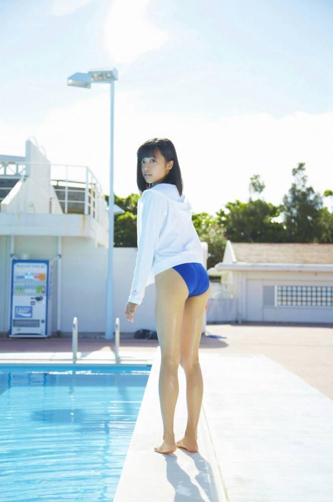小島瑠璃子 画像007