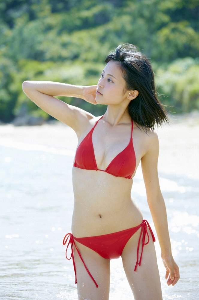 小島瑠璃子 画像032