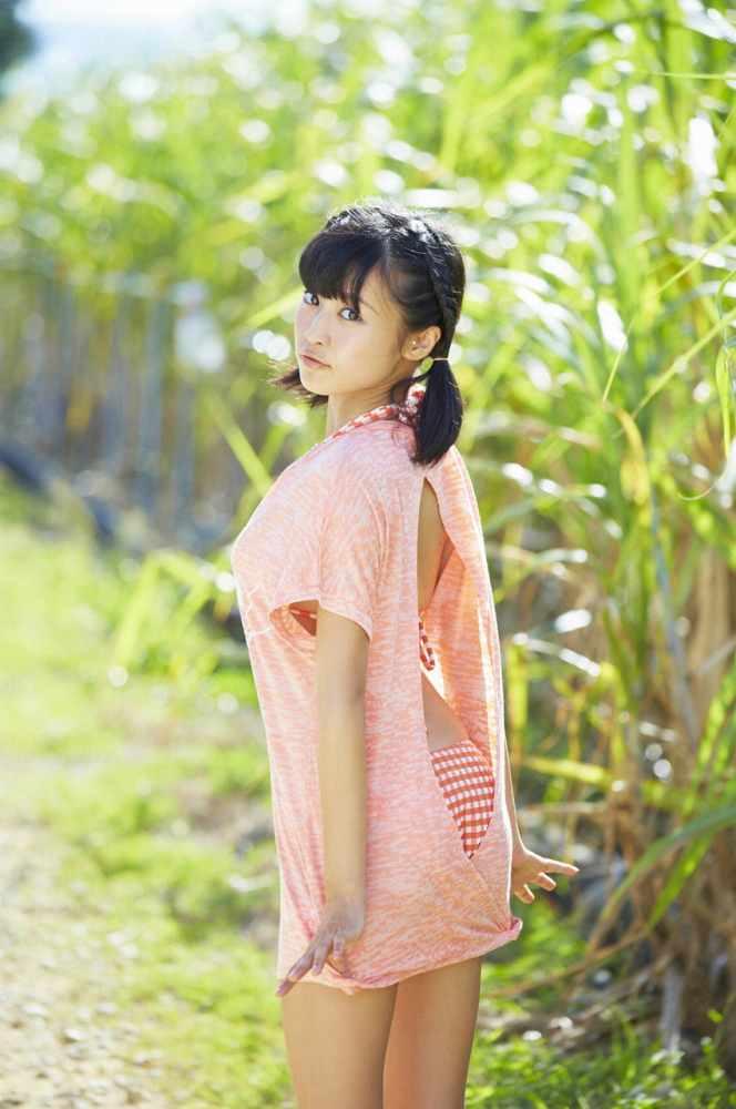 小島瑠璃子 画像060