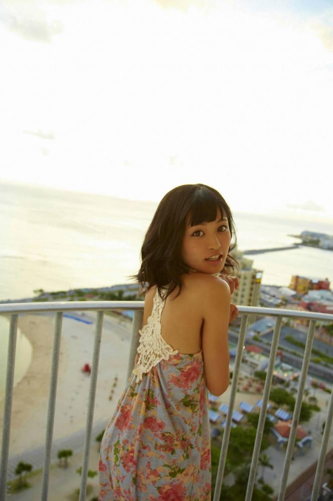 小島瑠璃子 画像073