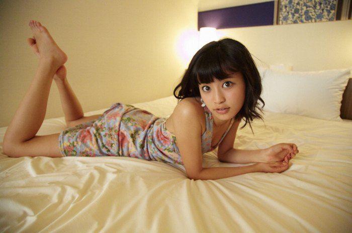 小島瑠璃子 画像076