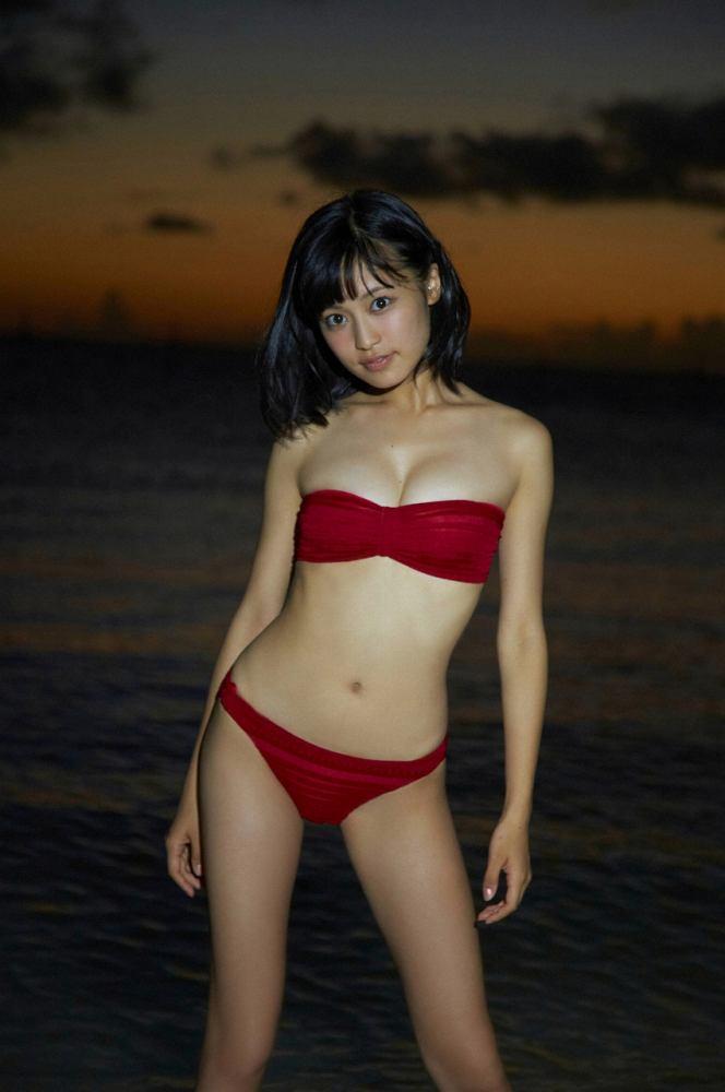 小島瑠璃子 画像079