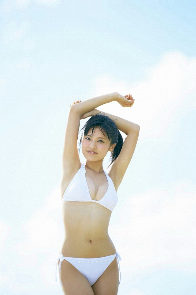 小島瑠璃子 画像091