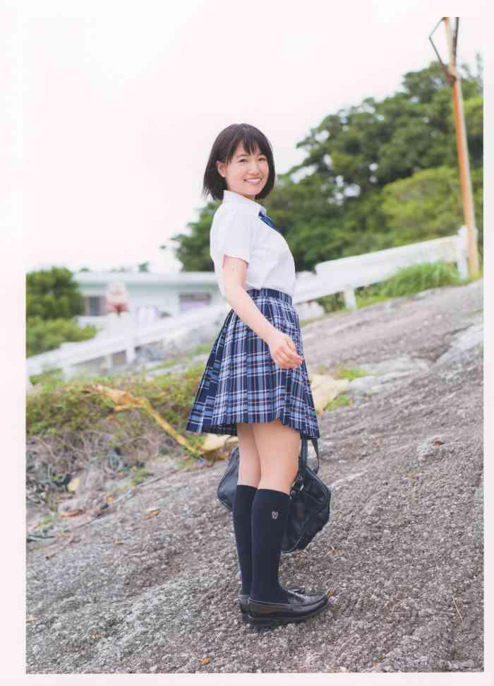 朝長美桜 画像019