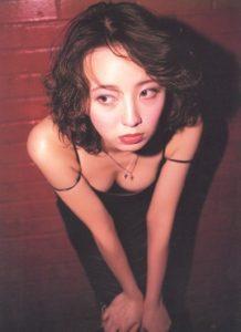 高橋由美子 写真集2冊分!大人エロい画像&若い頃の水着エロ画像!