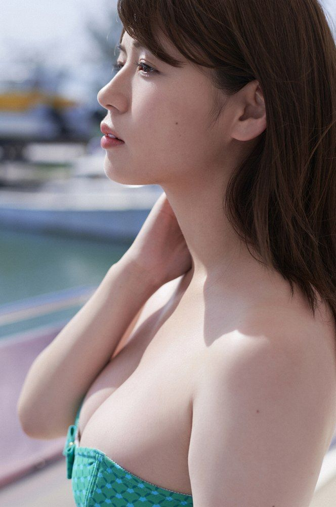井口綾子 画像008