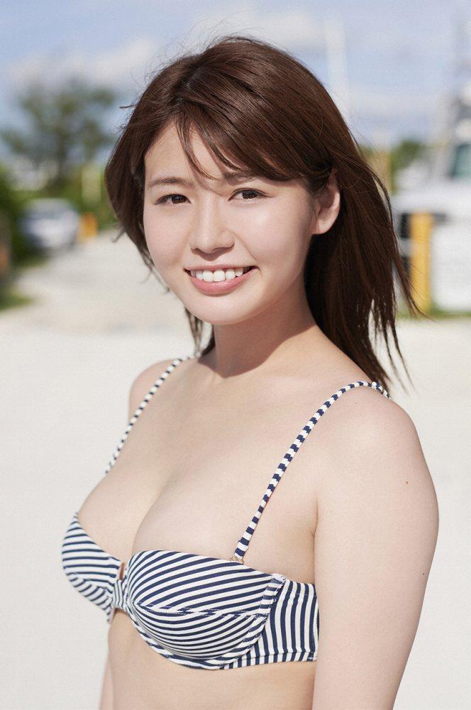 井口綾子 画像090