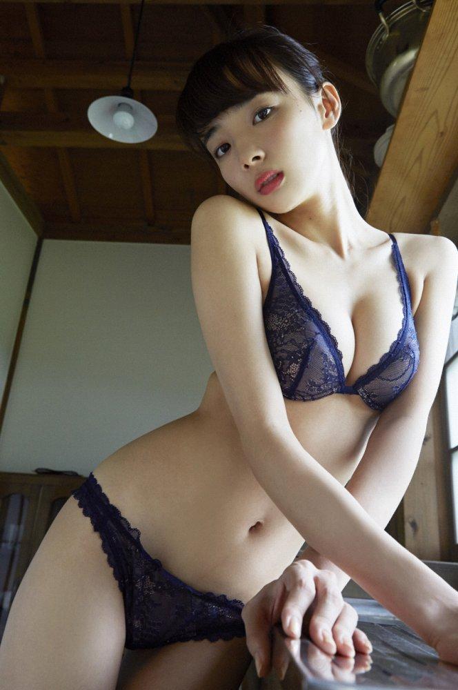 岡田紗佳 画像013