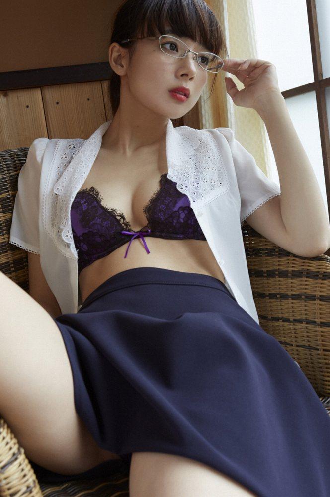 岡田紗佳 画像022