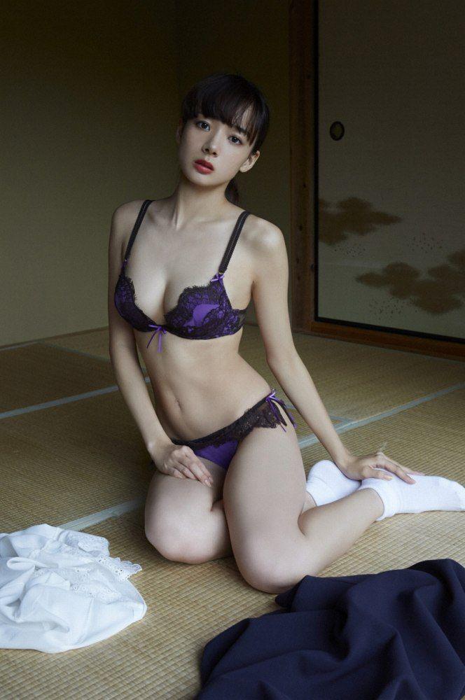 岡田紗佳 画像029