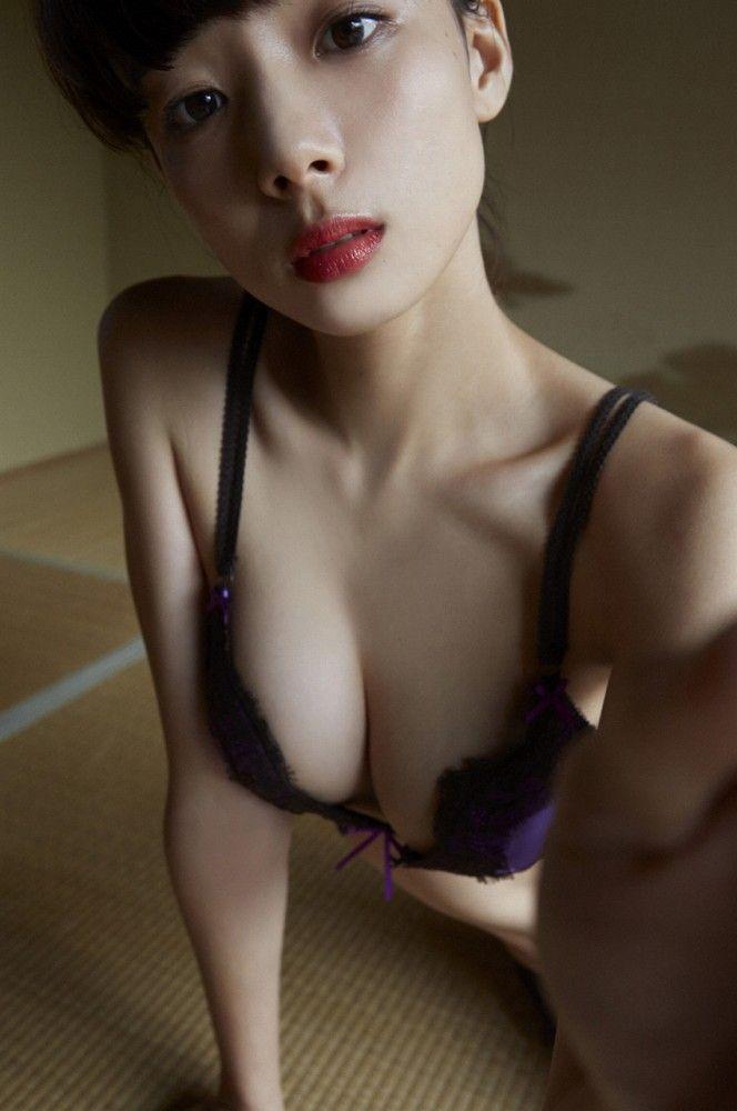 岡田紗佳 画像030