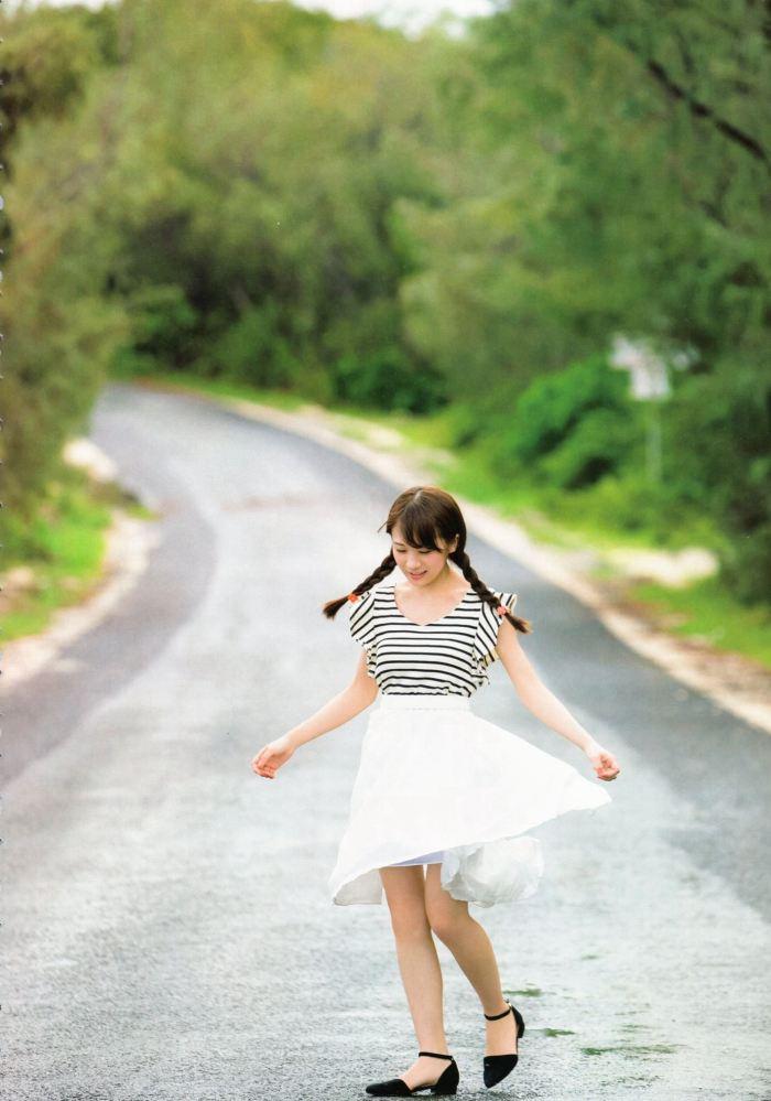 秋元真夏 画像059