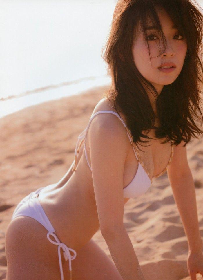 泉里香 画像032