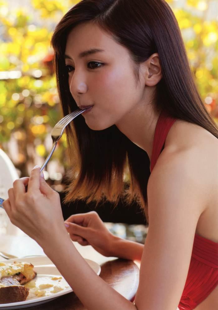 真野恵里菜 画像079