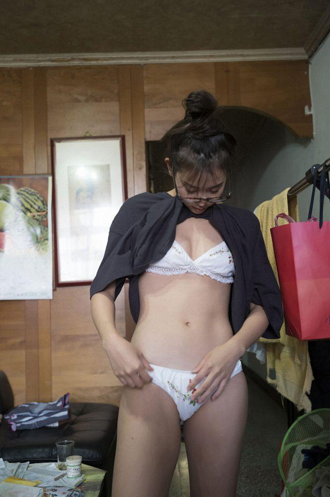 永尾まりや 画像097
