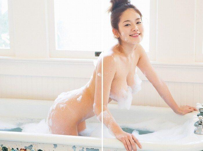 筧美和子 グラマラス姉ちゃんのヌード&水着エロ画像100枚!