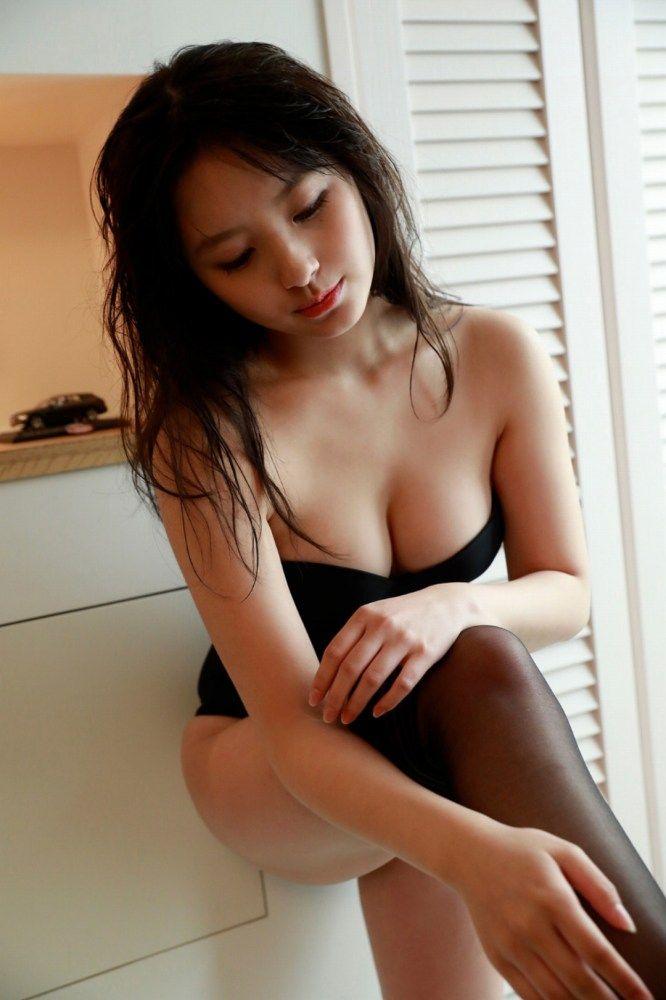 大和田南那 画像061