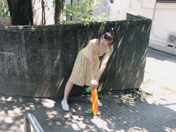 石田桃香 画像014
