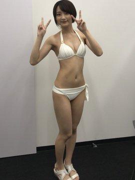 宇佐美彩乃 画像030