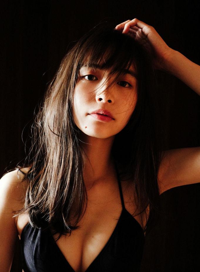 井桁弘恵 画像022