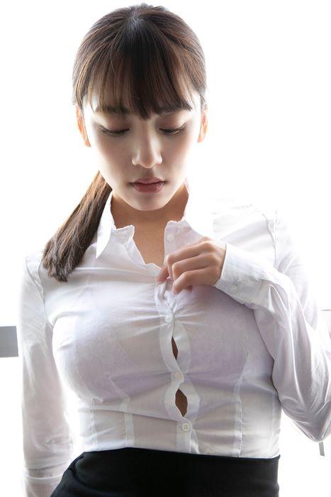 都丸紗也華エロ画像006