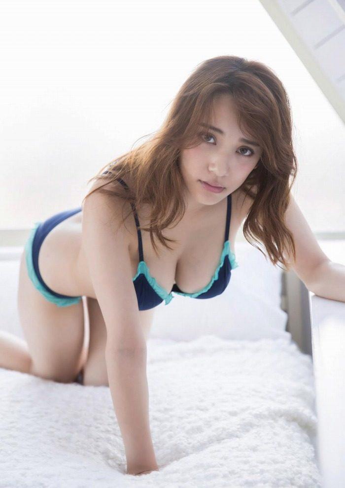 都丸紗也華エロ画像017