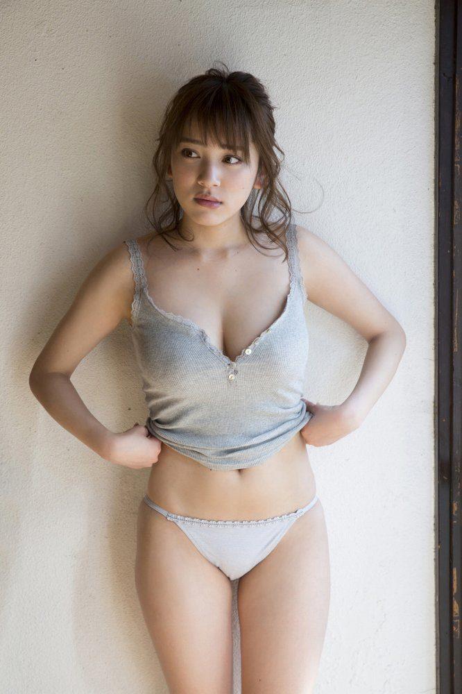 都丸紗也華エロ画像038