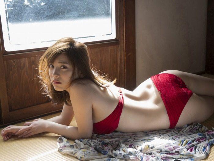 都丸紗也華エロ画像059