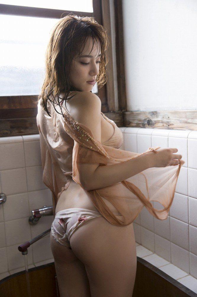 都丸紗也華エロ画像085