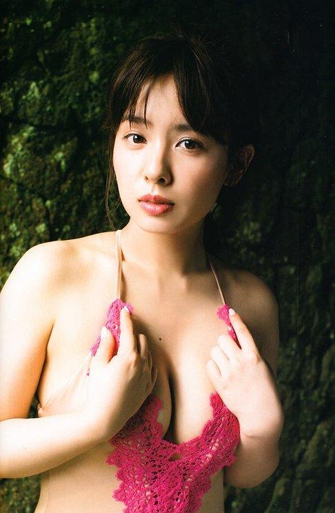山田菜々 画像079