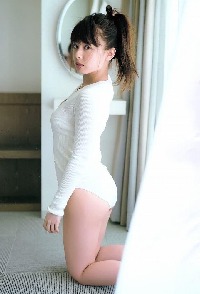 山田菜々 画像093
