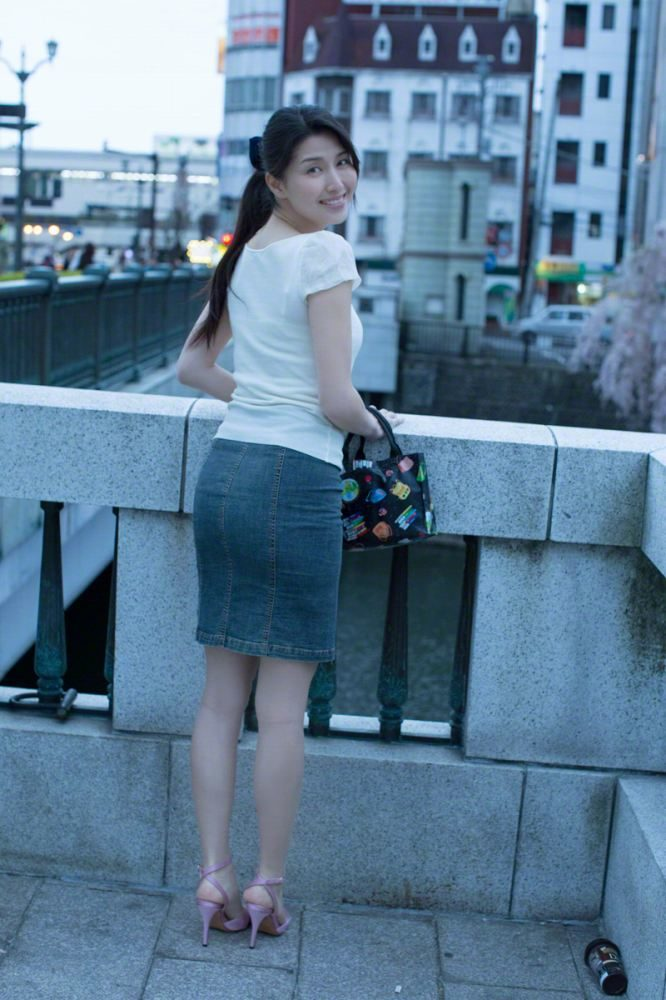 橋本マナミ 画像007