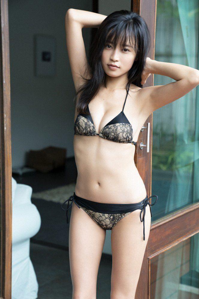 小島瑠璃子 画像041
