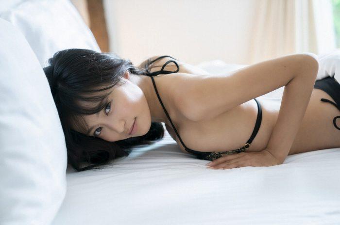 小島瑠璃子 画像045