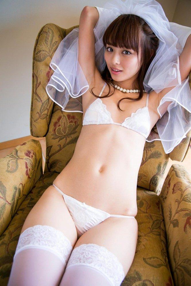 内田理央 画像023