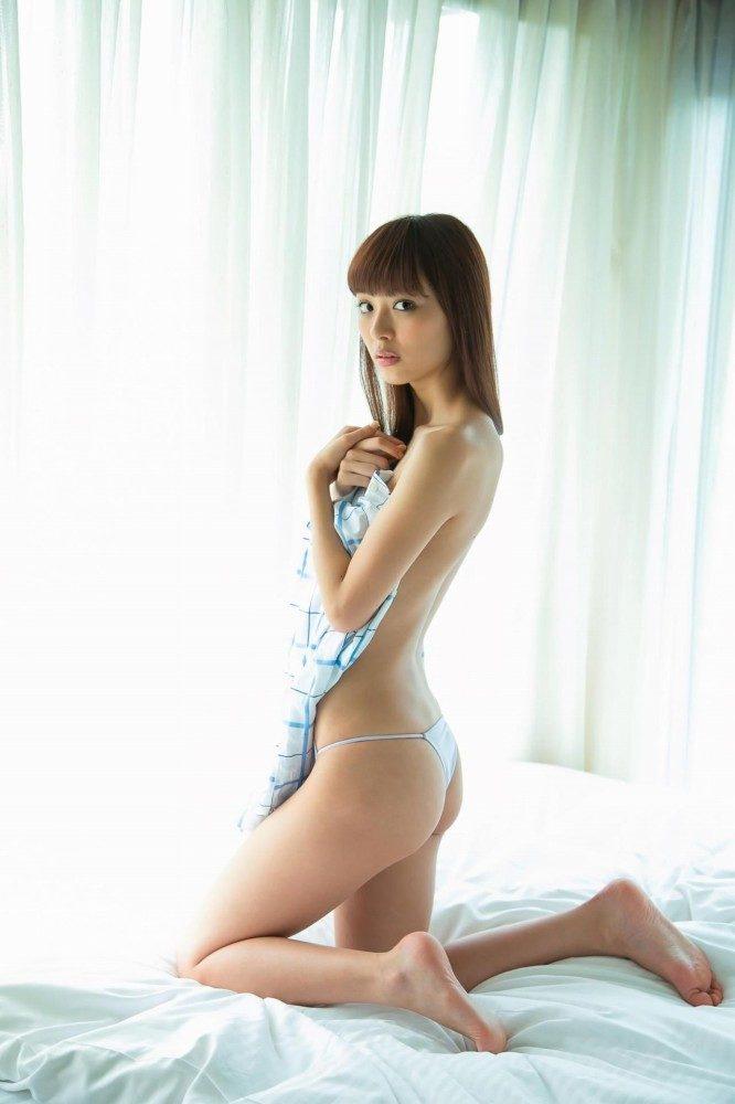 内田理央 画像055