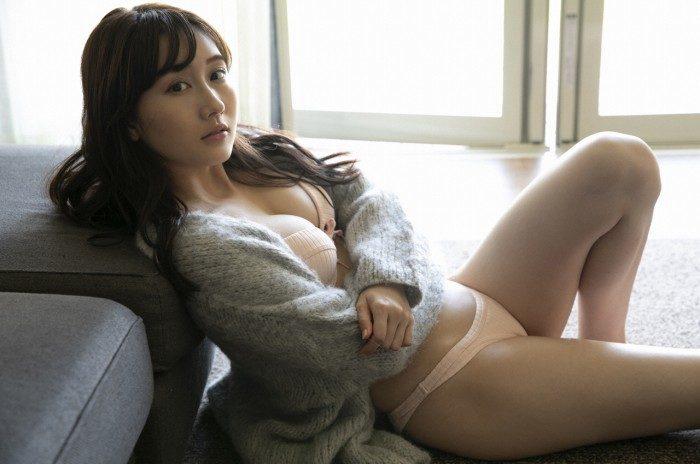 矢倉楓子 画像048