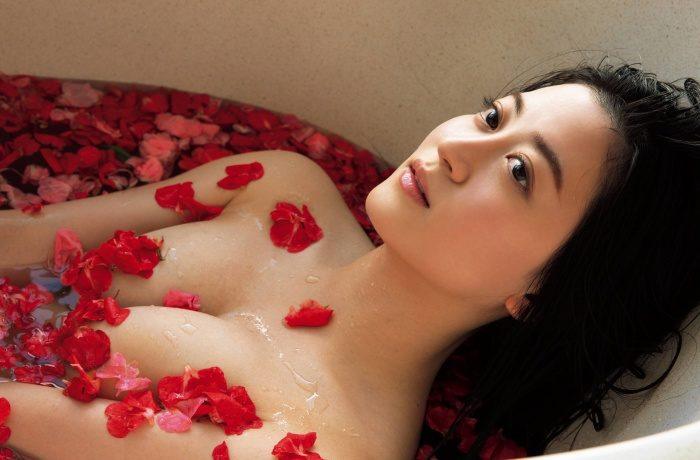 上西恵 画像006
