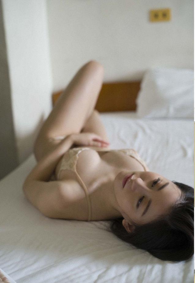 上西恵 画像016