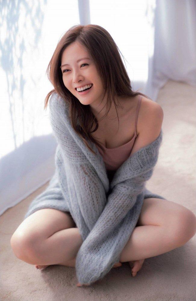 白石麻衣 画像004