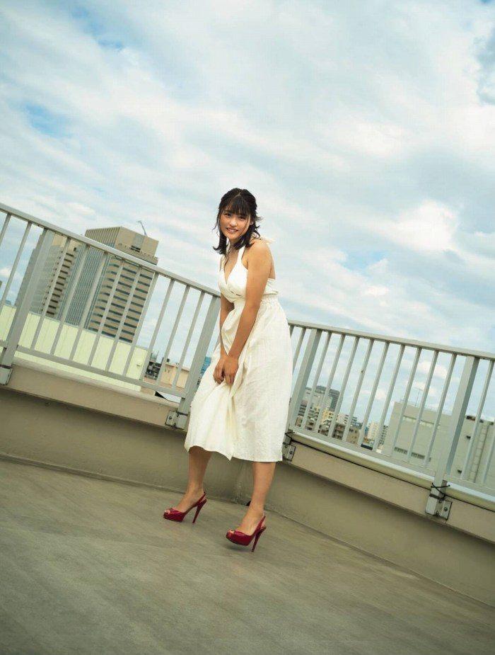 石田桃香 画像003