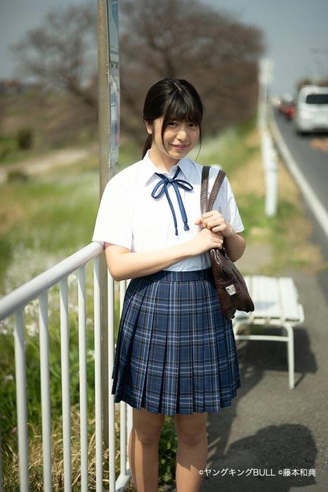 吉田莉桜 画像018