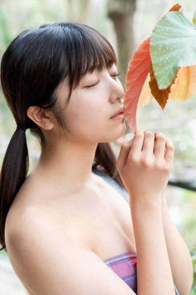 吉田莉桜 画像021