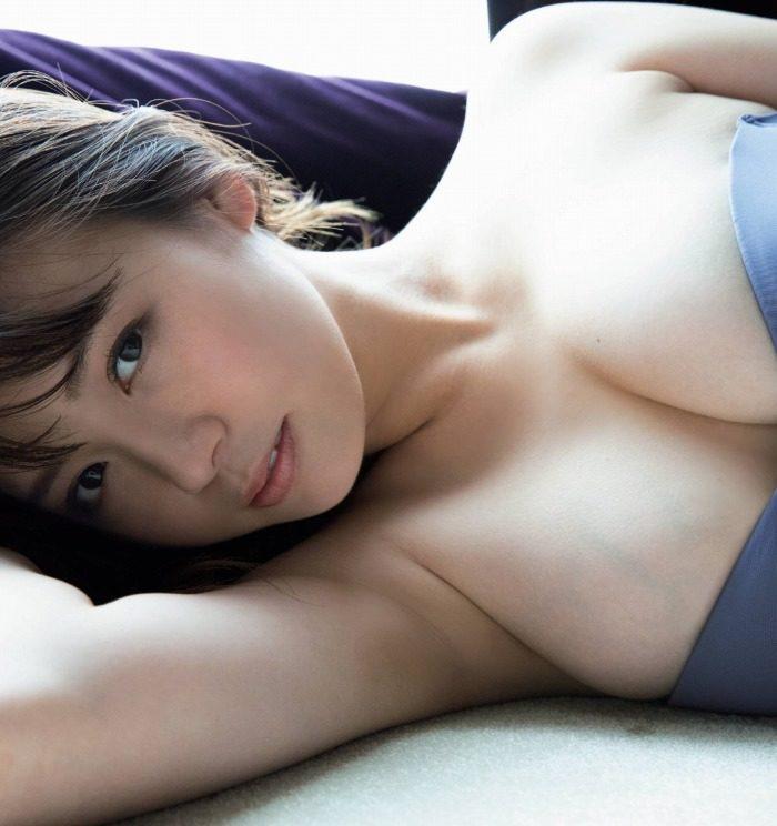 井口綾子 画像009