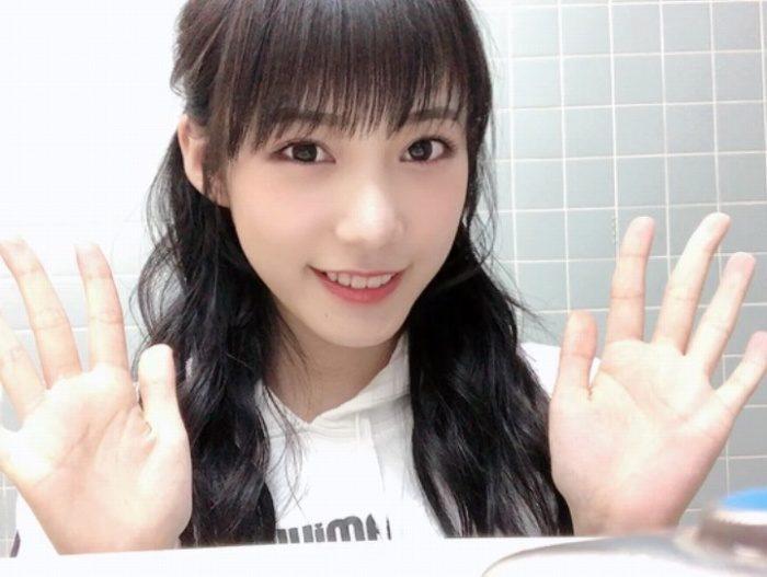 横野すみれ 画像041
