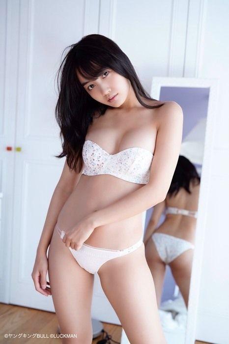 黒木ひかり 画像009