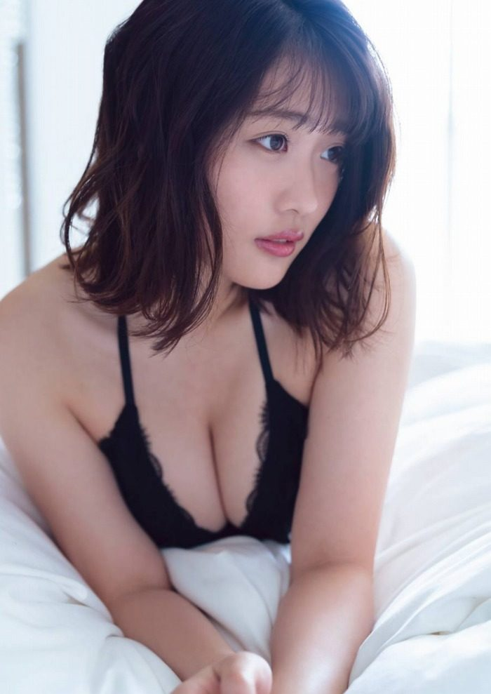 石田桃香 画像026